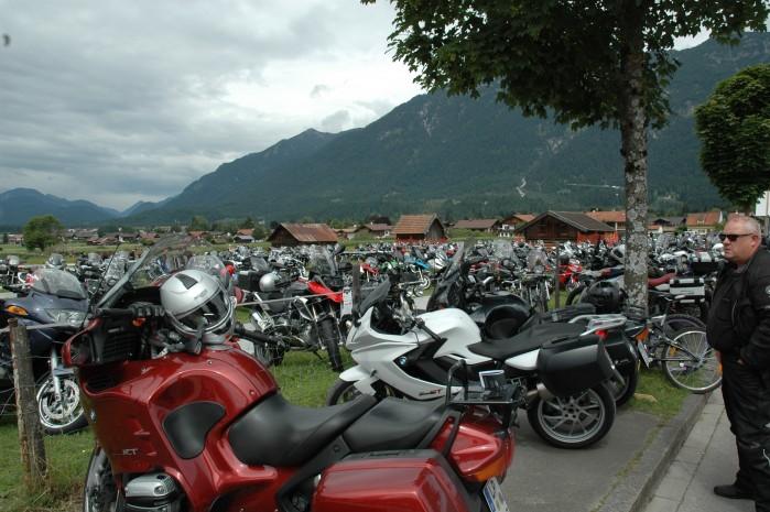 Parking BMW Motorrad Days Garmich Partenkirschen