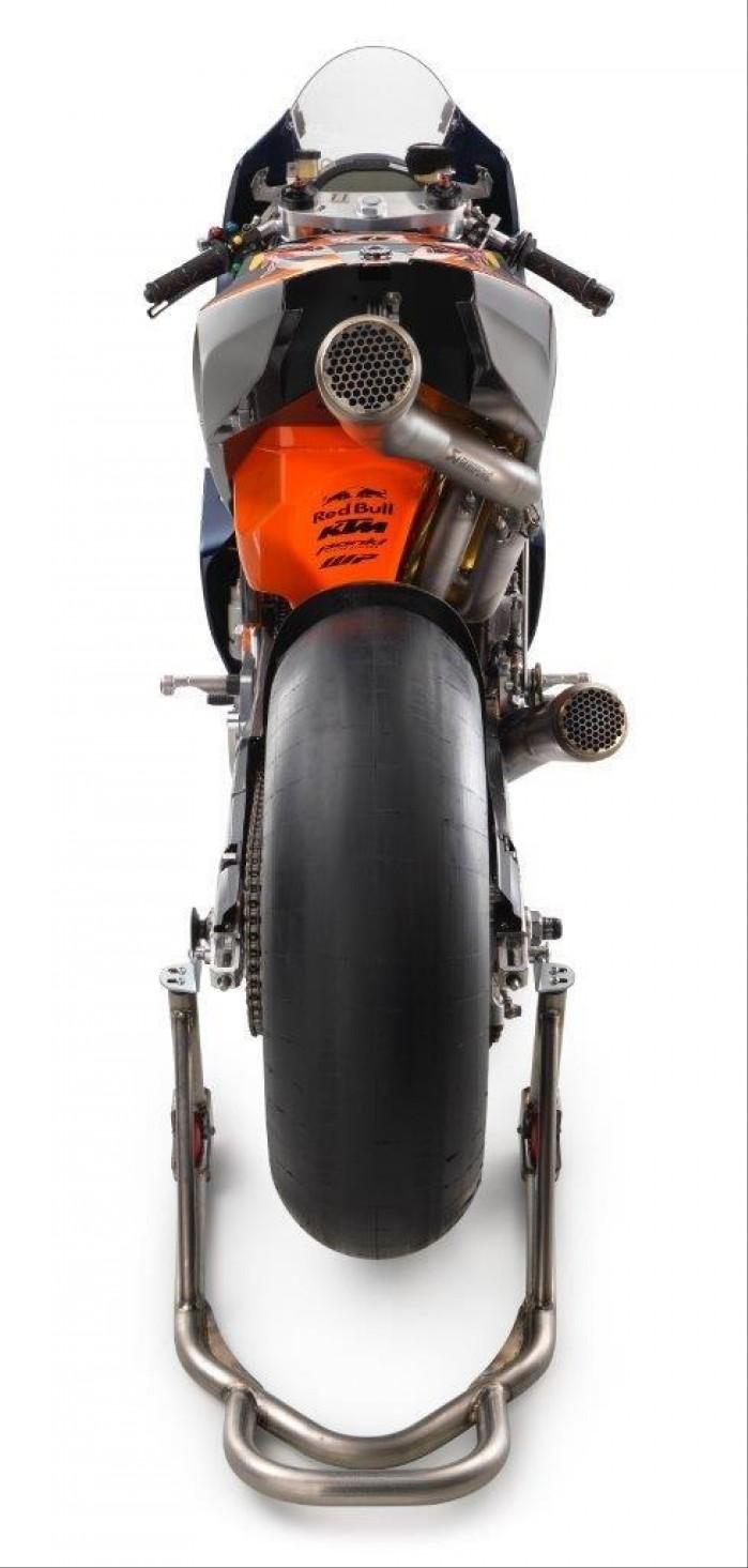 KTM RC16 2016 tyl