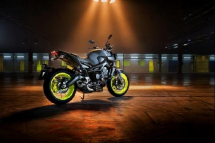 Yamaha MT 09 MY 2017 statycznie