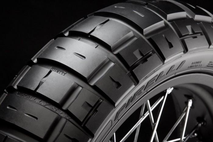 Pirelli Scorpion STR tyl
