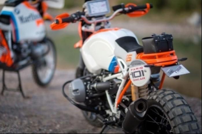 BMW Lac Rose R nineT Dakar Rally tyl