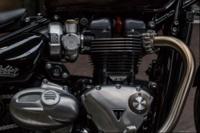 silnik triumph bobber