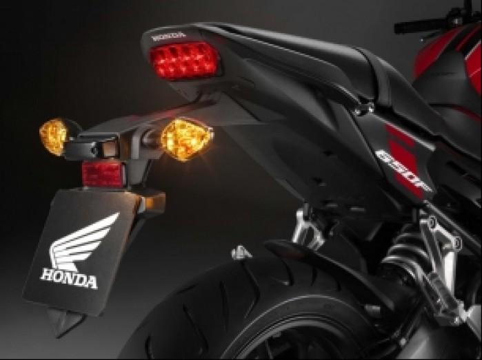 Honda CB650F 2017 01