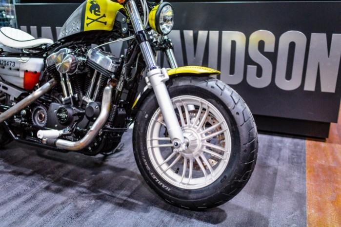 Bitwa Krolow 2017 Harley Davidson Sportster Lodz przednie kolo