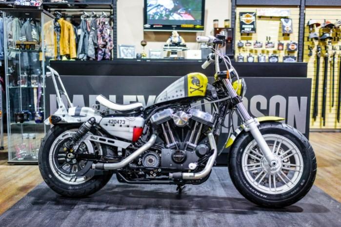 Bitwa Krolow 2017 Harley Davidson Sportster Lodz z prawej