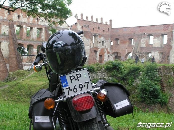Dz6 Ruiny w Krupe