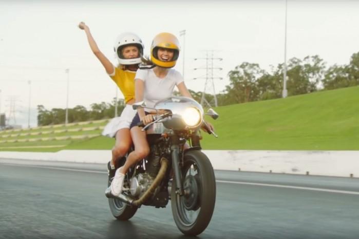 laski motocyklistki