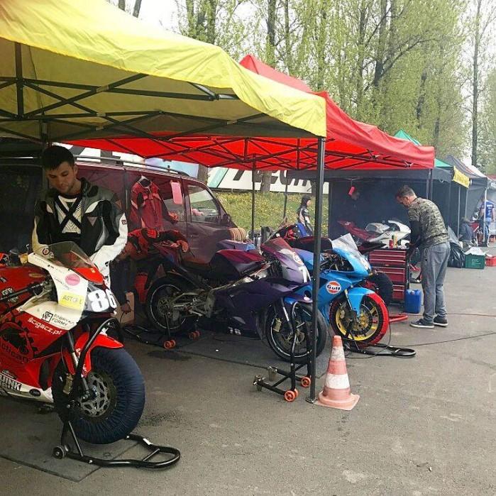 I rundy Pucharu Polski laczonych klas Open125 Moto3 Superstock 300 Classic 2017 09