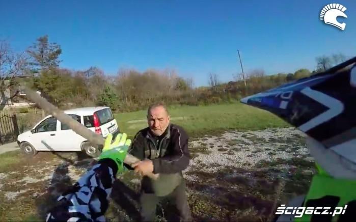 agresja motocykle offroad