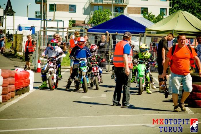 II runda Otwartych Mistrzostw pit bike w Bydgoszczy 2017 07