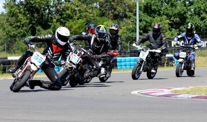 3 runda Pitbike pl Otwarte Mistrzostwa Wojewodztwa Kujawsko Pomorskiego Supermoto w Toruniu 09