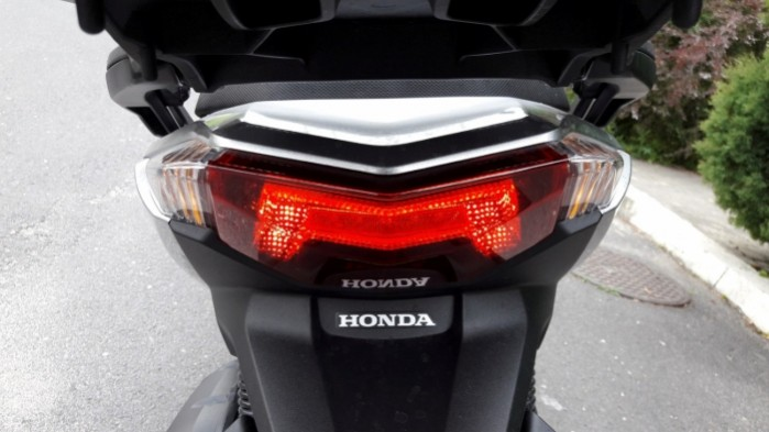 Honda Forza 125 2017 tylna lampa
