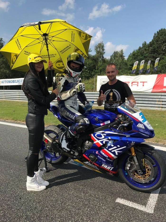 Zawodnicy Dunlopa zdominowali Motocyklowe Mistrzostwa Polski 2