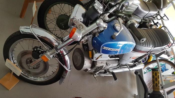 Hercules W 2000 2