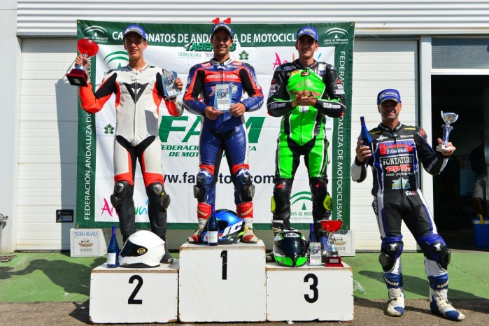 Piotr Biesiekirski na 2 stopniu podium Andaluzja