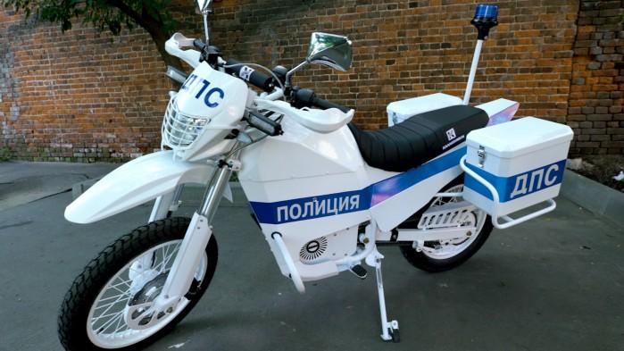 Elektryczny motocykl Kalasznikowa Policja