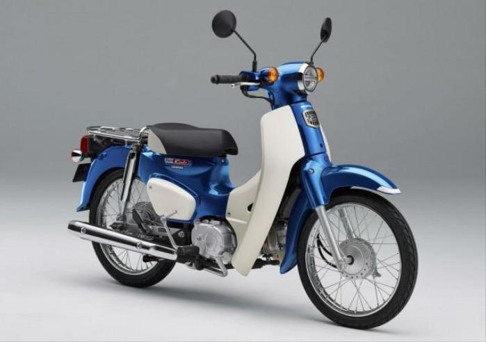 Honda Super Cub niebieska
