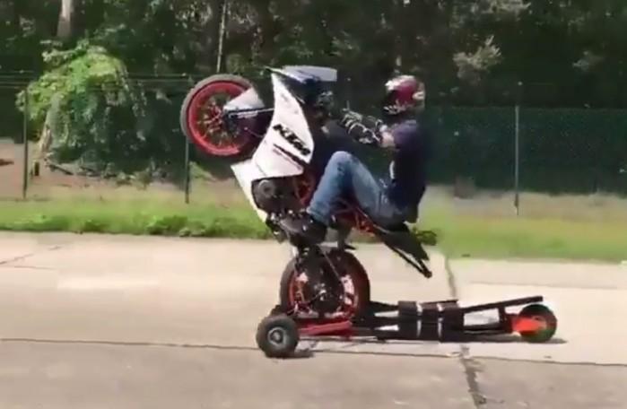 Nauka Wheelie