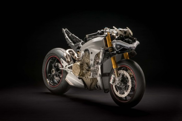 2018 Ducati Panigale V4 naked no fairings 04