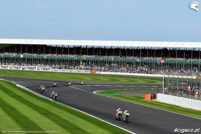 MotoGP Silverstone Aprilia 41 Aleix Espargaro 18