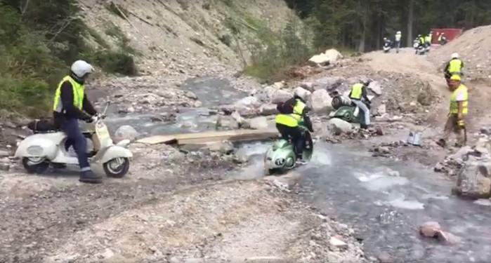 przeprawa przez rzeke Vespa
