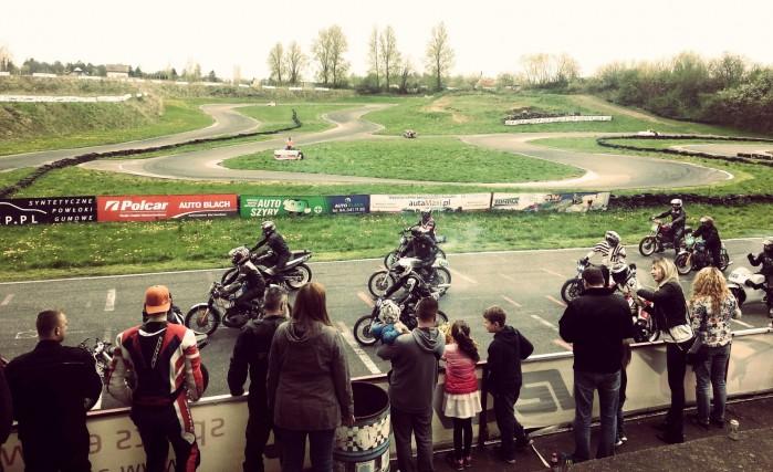 Puchar Polski Open125 Moto3 SST300 Classic I runda Koszalin start