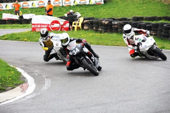 wyscig moto3 sst300 open125