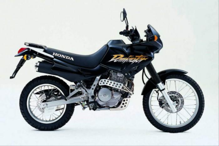 Honda NX650 Dominator