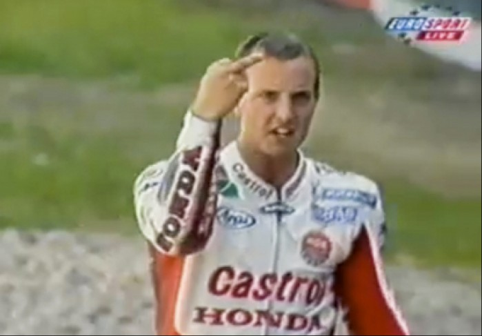Colin Edwards Finger thumb 415x289 4126