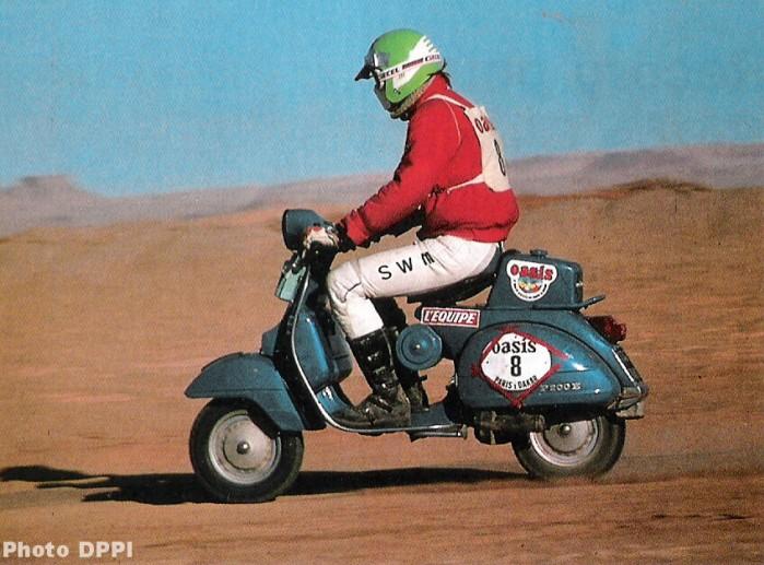 Vespa P200E Dakar
