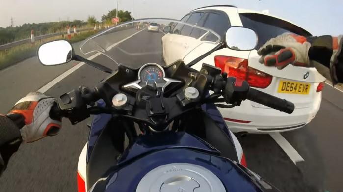wymuszenie pierwszenstwa na motocykliscie