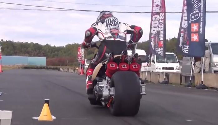 Japonski Drag Race 2T
