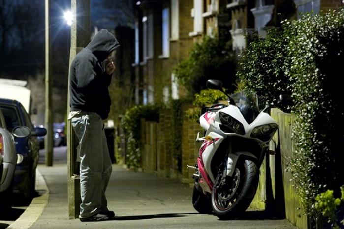 Niezabezpieczony motocykl to zaproszenie dla zlodzieja