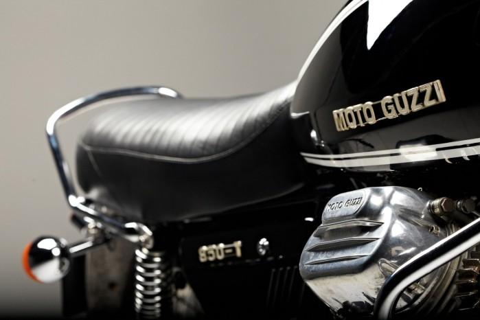 Moto Guzzi 850T 1974 07 saddle