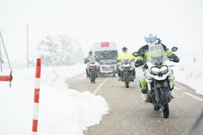 jak jezdzic w zimne dni