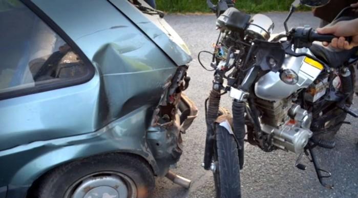 auto kontra motocykl