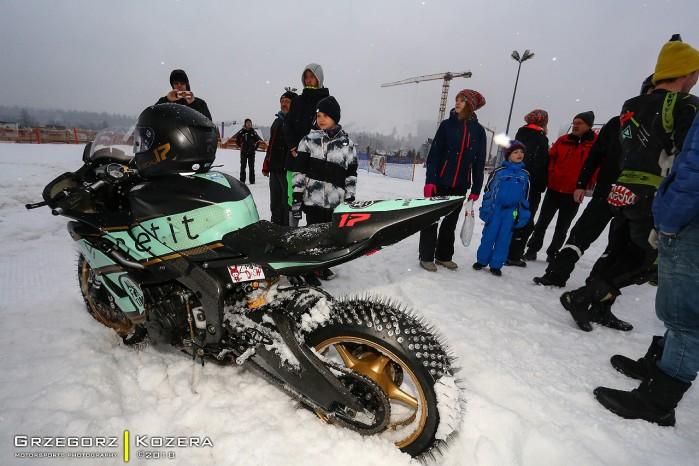 Yamaha R6 zima
