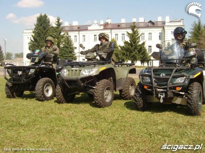 Quady w wojsku zolnierze na quadach