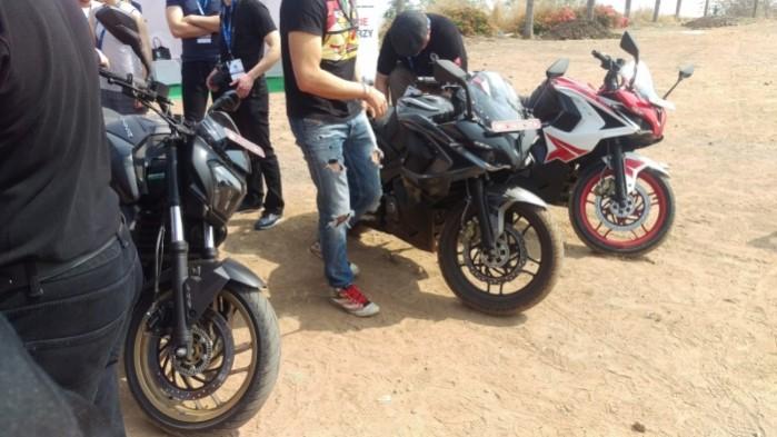 testy motocykli bajaj