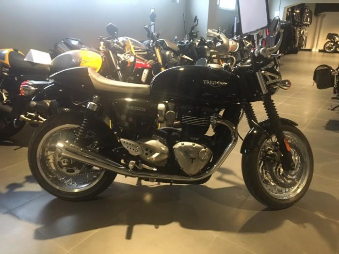 Triumph Thruxton 1200 2
