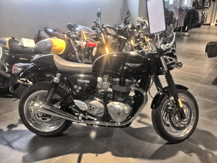 Triumph Thruxton 1200 5