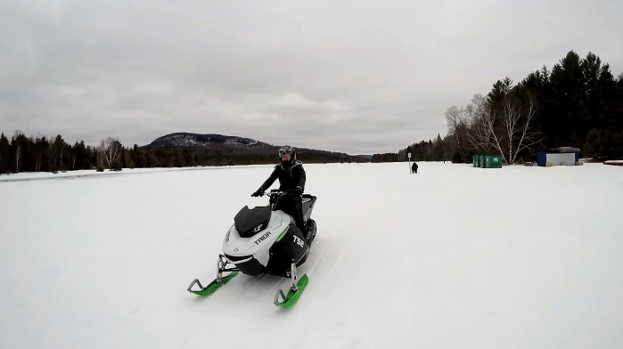 Taiga TS2 na sniegu