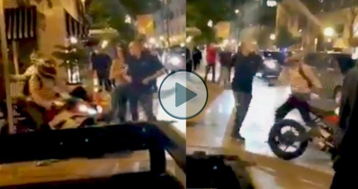 motocyklista kontra pijany agresor