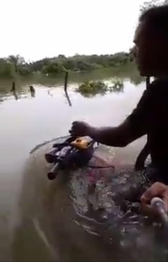skuter pod woda