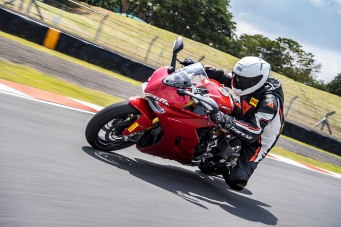 Pirelli Diablo Rosso Corsa II 2