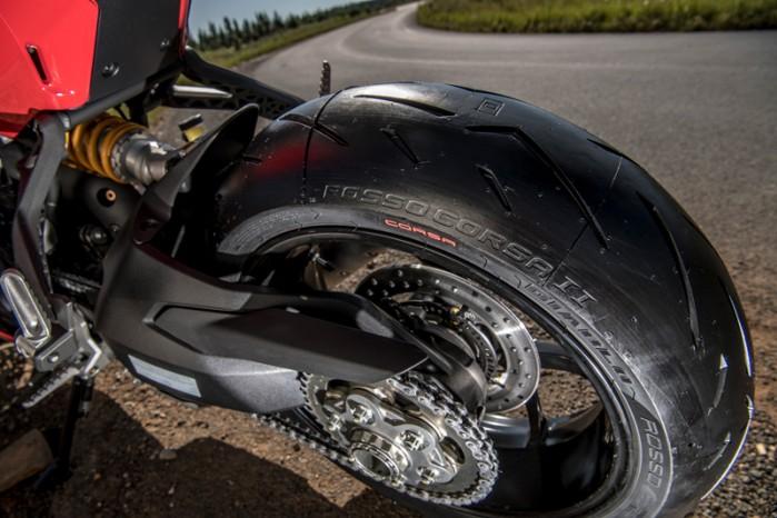Pirelli Diablo Rosso Corsa II 06