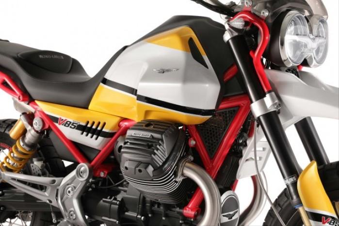 Moto Guzzi V85 01