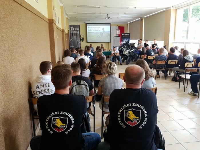 Konkurs motocyklowy dla mlodziz zy w Zdunskiej Woli 02