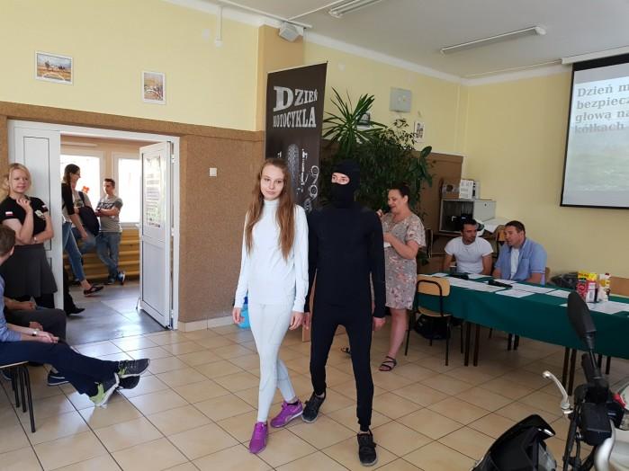 Konkurs motocyklowy dla mlodziz zy w Zdunskiej Woli 03