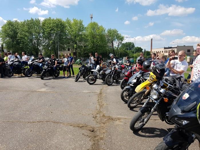 Konkurs motocyklowy dla mlodziz zy w Zdunskiej Woli 11